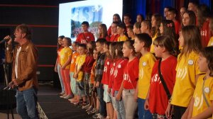 Children's choir in Srebrenica raising money for flood victims