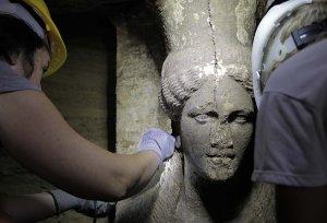 greece-tomb 4th century