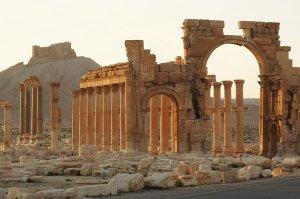palmyra-triumphal-arch
